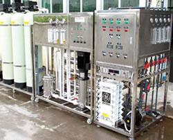 电池行业用超纯水设备.jpg